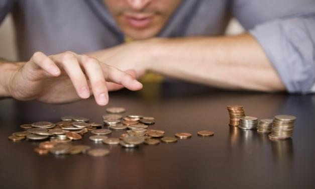 Creşterea salariului minim este pusă la îndoială de Guvernul Cioloş
