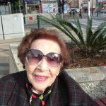 Mizzi Locker, supraviețuitoare a Holocaustului, se destăinuie