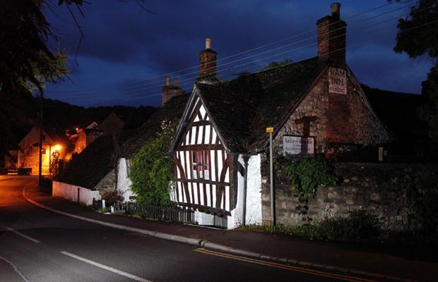 Ancient Ram Inn: unul dintre cele mai bântuite locuri din Anglia