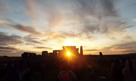 Solstiţiul de iarnă sărbătorit la Stonehenge